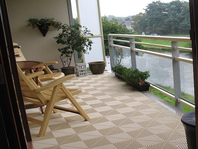 balkonfliesen und terrassenfliesen bofloor. Black Bedroom Furniture Sets. Home Design Ideas